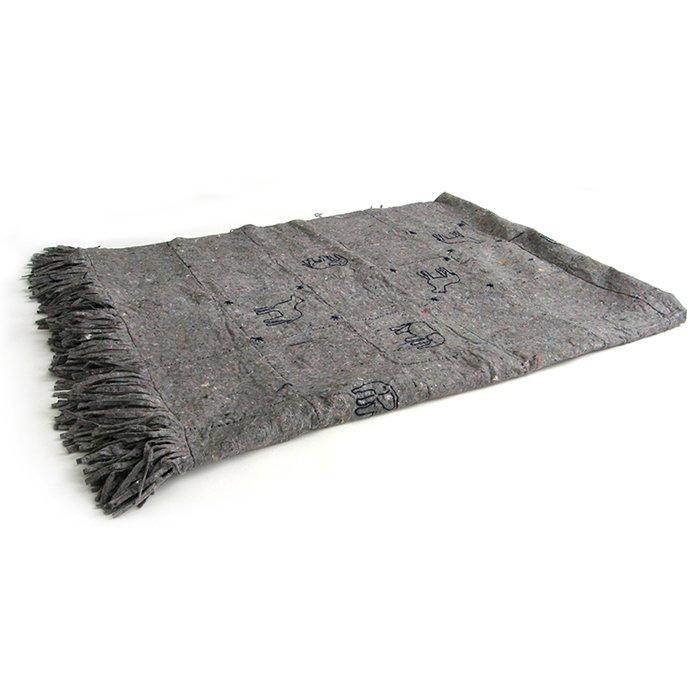 blanket folded 02